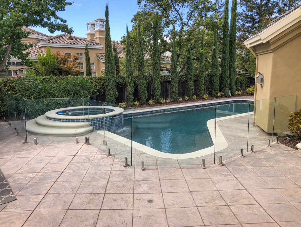 Pool Gates Why A Glass Gate Is A Must For Your Pool
